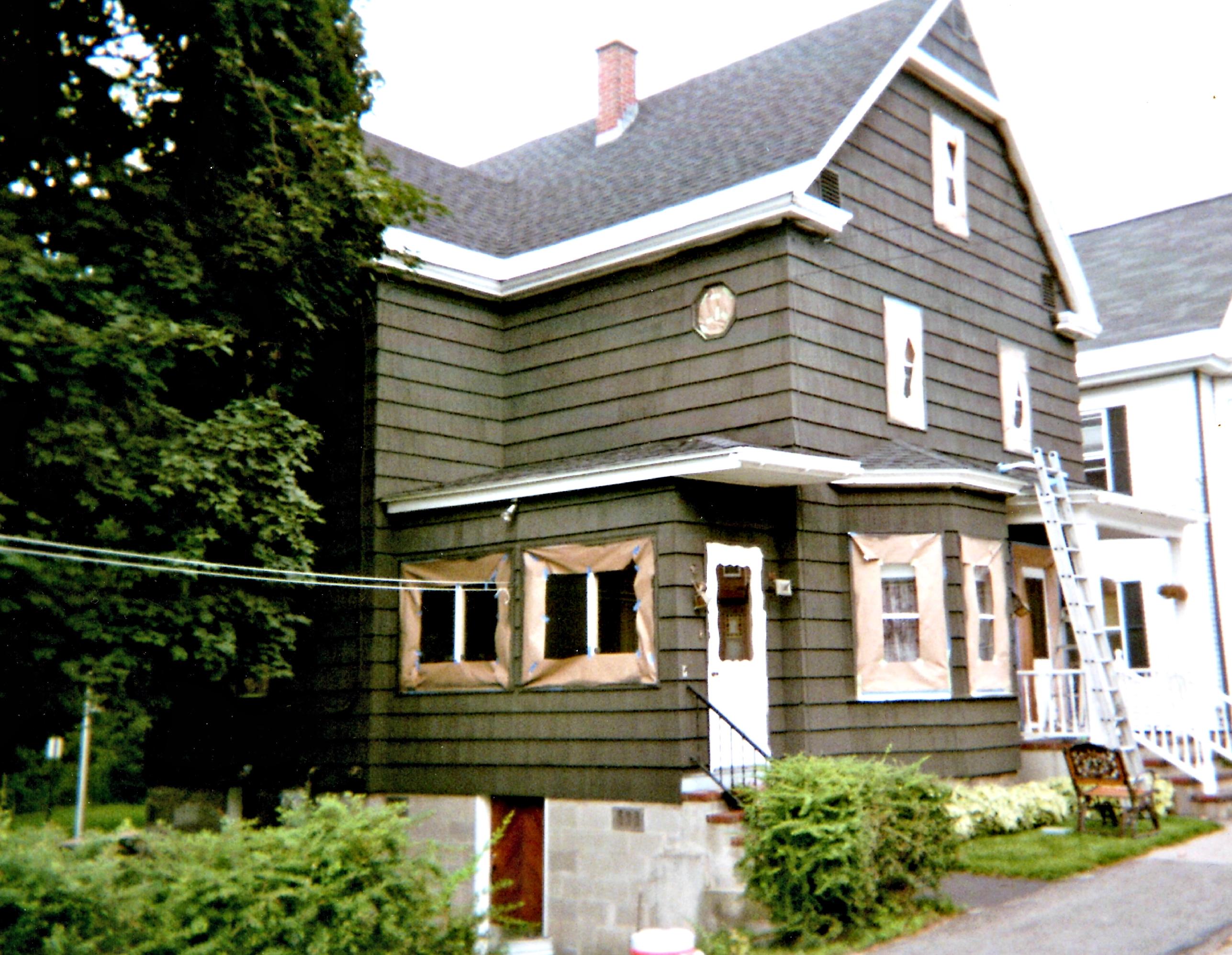 Willard St. ( House )